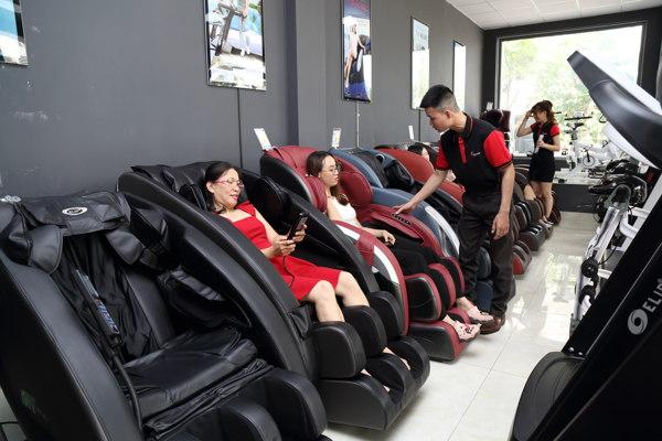 Ghế massage chăm sóc sức khỏe gia đình
