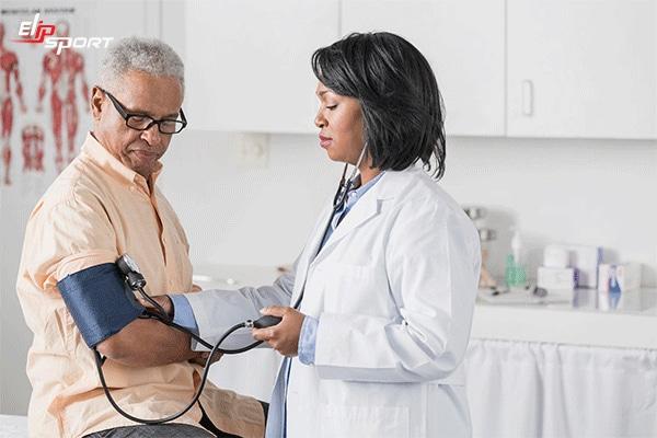 bệnh cao huyết áp ở người cao tuổi