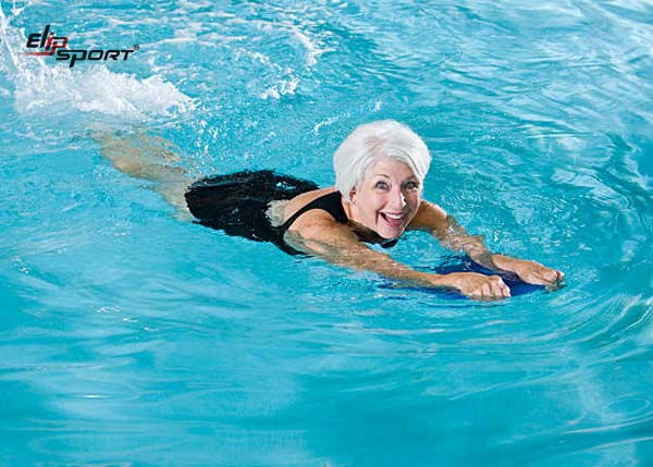 bơi lội có lợi ích gì