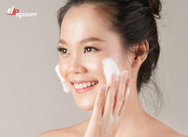 cách massage da mặt chống nếp nhăn