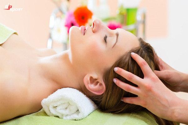 cách massage đầu hiệu quả