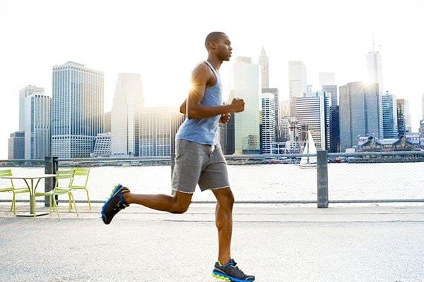 chạy bộ 10 phút mỗi ngày