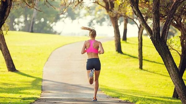 tác dụng chạy bộ buổi sáng