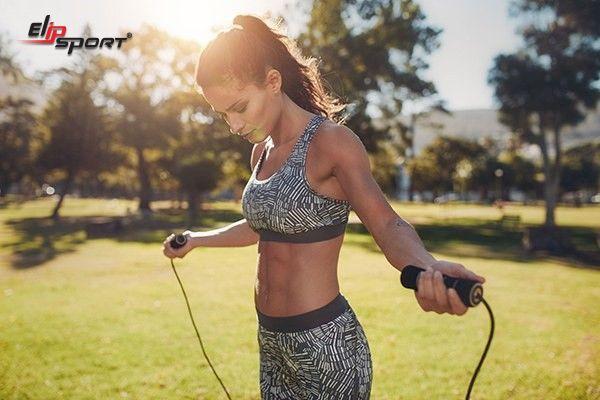 Cách nhảy dây giảm mỡ bụng dưới hiệu quả trong 1 tuần