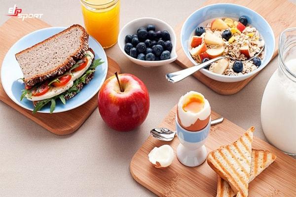 trước khi tập gym nên ăn gì để tăng cân