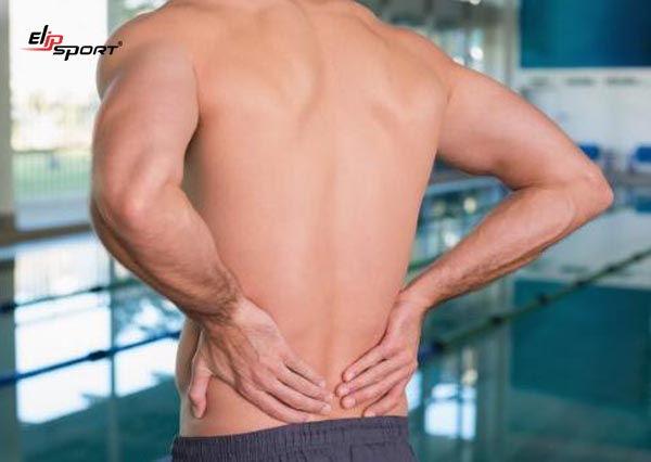 bơi ếch bị đau lưng phải làm sao