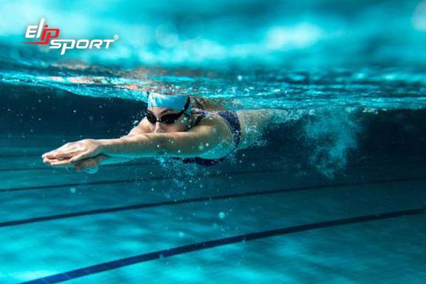 cách bơi nhanh không tốn sức