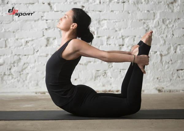 yoga dáng đẹp eo thon