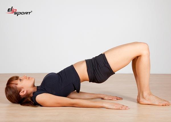 tập yoga cho eo thon