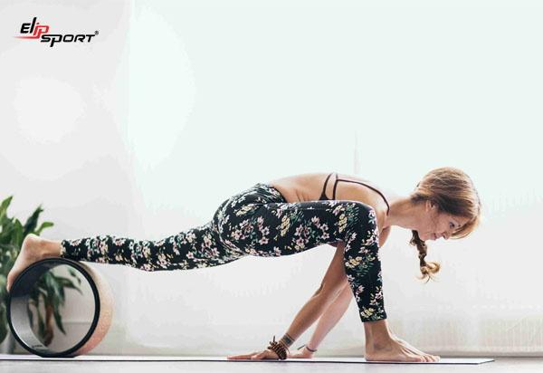 phương pháp tập yoga với vòng