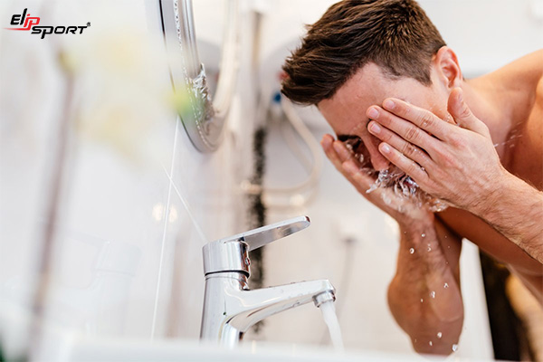 dưỡng ẩm cho nam giới