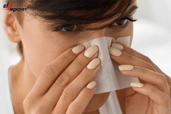 cách chăm sóc da dầu mụn tại nhà