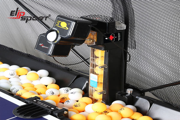 Cấu tạo của máy bắn bóng bàn