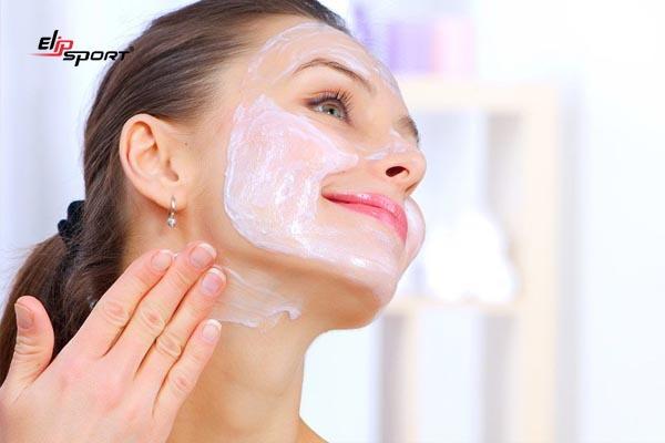 cách chăm sóc da mặt bằng vitamin e