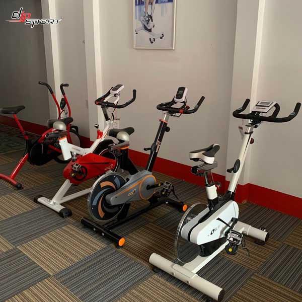 Xe đạp tập thể dục quận 12