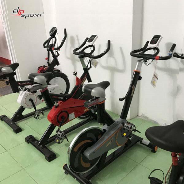 máy đạp xe tại nhà Quảng Bình