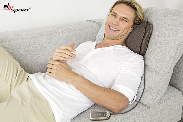 máy massage giảm đau vai gáy