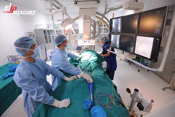 Phẫu thuật đặt stent mạch vành có nguy hiểm không? - ảnh 2