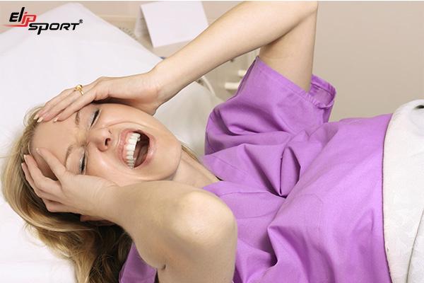 cách giúp mẹ sau sinh dễ ngủ
