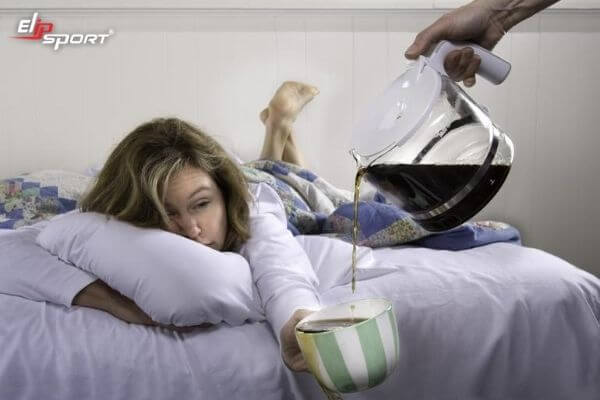 mất ngủ không nên ăn gì