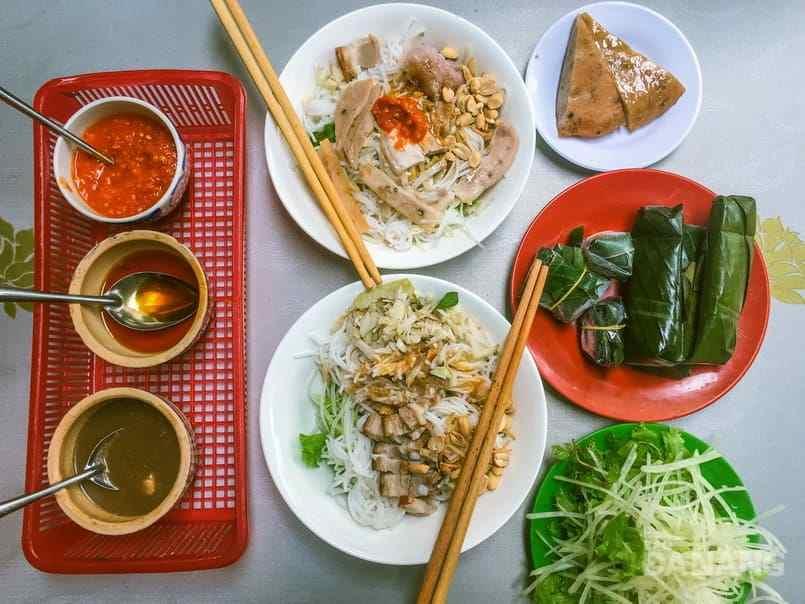 ăn gì ở Đà Nẵng