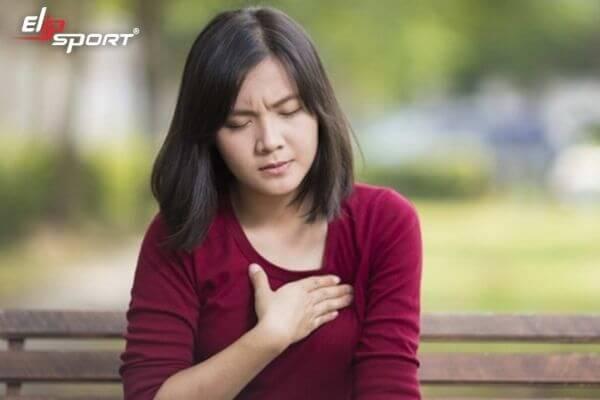 hở van tim