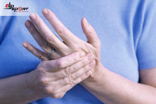 bệnh tê bàn tay
