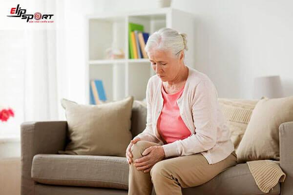đau khớp gối ở người già