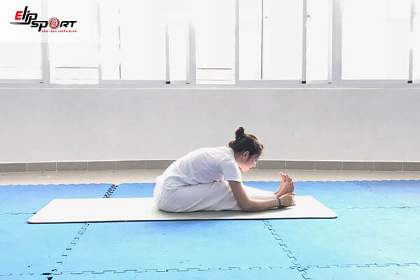 yoga đau lưng