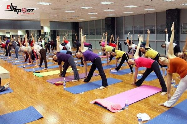 yoga chữa đau mỏi lưng