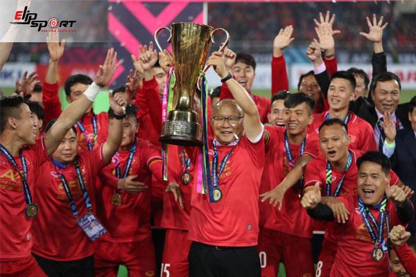 huấn luyện viên bóng đá park hang seo