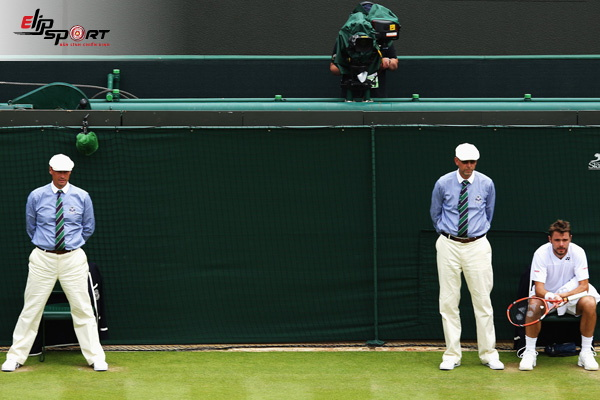 trọng tài biên tennis