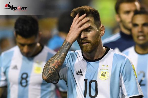 """Đội Hình Bóng Đá Argentina Bên Cặp """"Song Sát"""" Messi Và Aguero"""