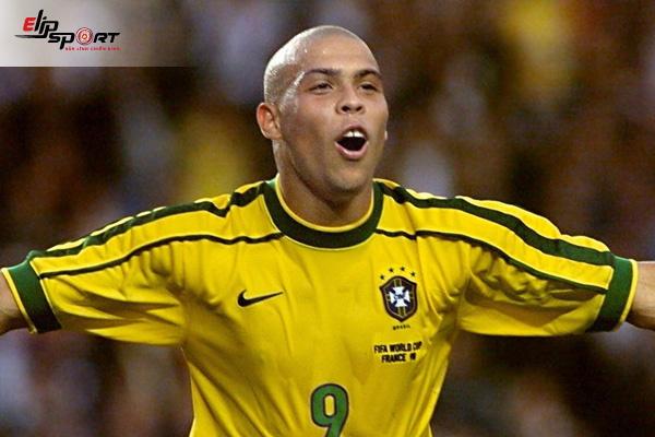 cầu thủ bóng đá Ronaldo Brazil