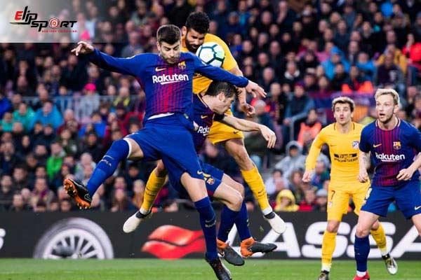 clearance trong bóng đá là gì