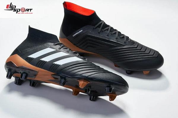 giày bóng đá đinh sân cỏ