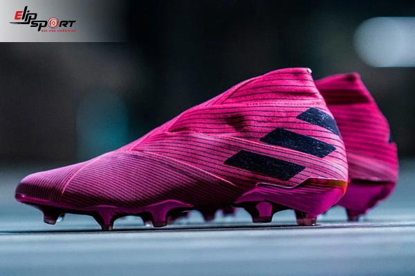 giày bóng đá Adidas