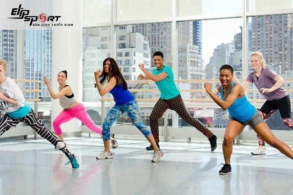 bài tập aerobic giảm mỡ toàn thân