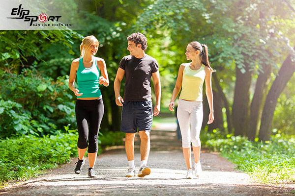 đi bộ tốt cho tim mạch
