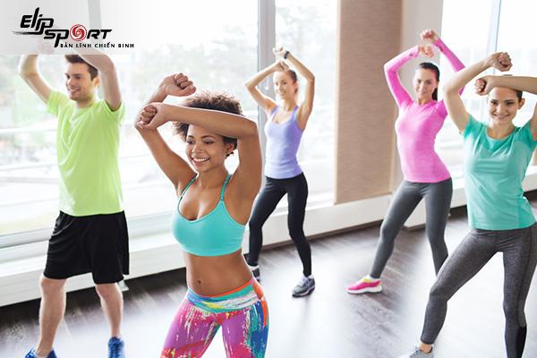 bài tập aerobic giật bụng