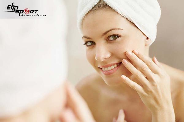 chăm sóc da mặt sau sinh như thế nào