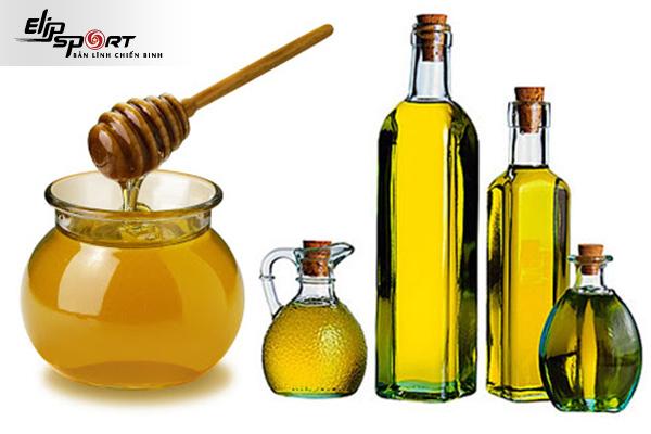 dưỡng tóc bằng dầu ô liu