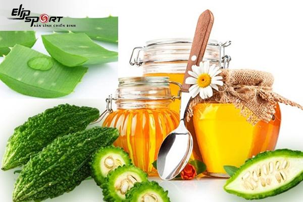 dưỡng da bằng nha đam và mật ong