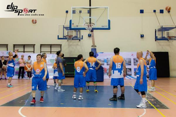 sân bóng rổ Quận 10