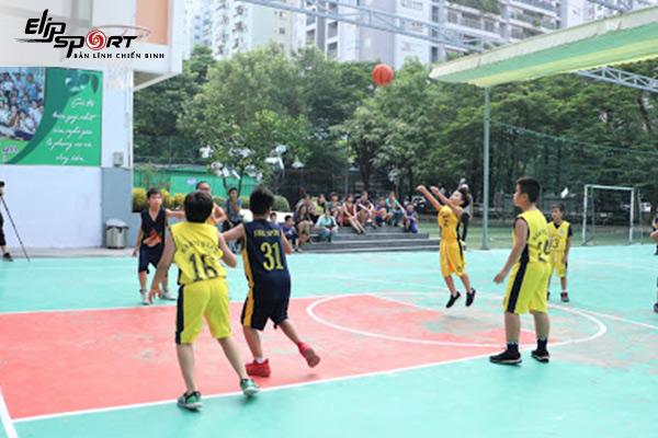 sân bóng rổ Long Biên, Hà Nội