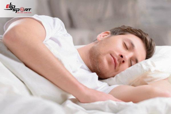 5 Bí Quyết Tăng Cân Cho Người Gầy nhờ ngủ đủ giấc