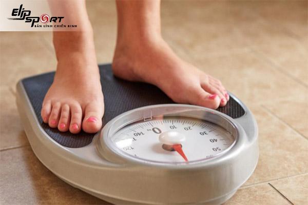 1kg bằng bao nhiêu calo
