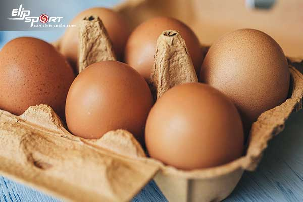 ăn trứng gà mỗi ngày có tốt không