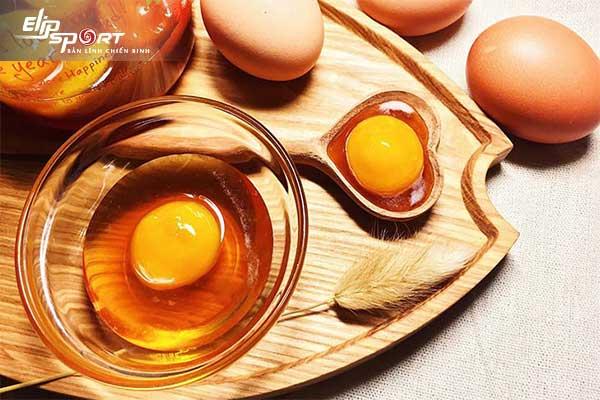 trứng gà hay trứng vịt tốt hơn