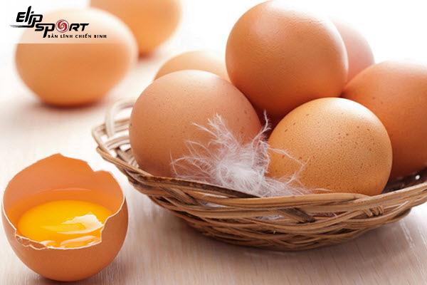 lòng trắng hay lòng đỏ trứng gà tốt hơn